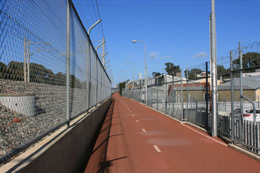 Shenton-park-Bicycle-path
