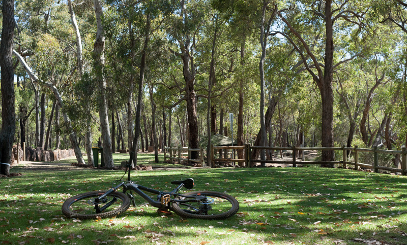 Lake-mountain-bike-perth