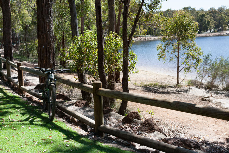 MTB-ride-to-Lake-leschenaultia-perth