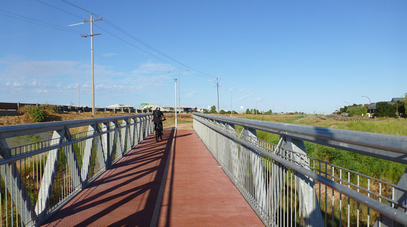 Cycle-to-town-Karratha