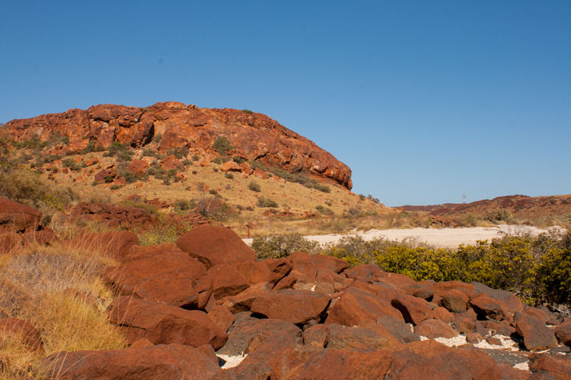 Cowrie-Cove-hike-Karratha